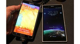 Samsung Galaxy Note 3 er stor, men blir puslete ved siden av Sony Xperia Z Ultra.
