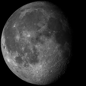 Månen med naturlig belysning.