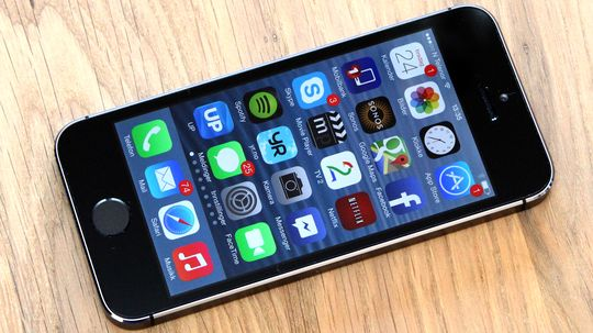 iPhone SE kan bli en kraftig oppgradert utgave av iPhone 5S, her avbildet.