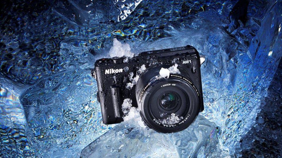 SNIKTITT: Kan denne tøffingen gi Nikon 1-systemet et løft?