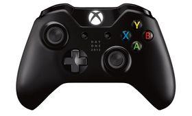 Xbox One-kontrolleren, med profilerte front-knapper, en ny D-pad og bråkete skulderknapper.