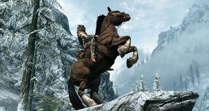 Slåss fra hesteryggen i Skyrim