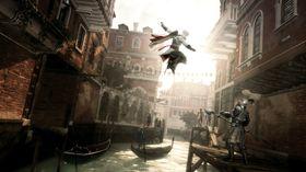 Assassin's Creed II for Windows fikk mye tyn for sin «alltid på nett»-kopibeskyttelse. Denne ble etterhvert fjernet.