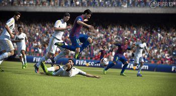 FIFA 13 rives av hyllene