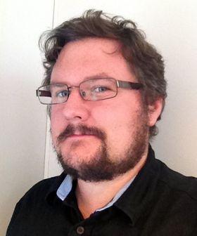 Jostein Hakestad driver Rad Crew og er programleder for Retro Crew også. (Foto: Privat)
