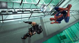 Tipper Spider-Man kjører våt-finger-i-øret på skurken.
