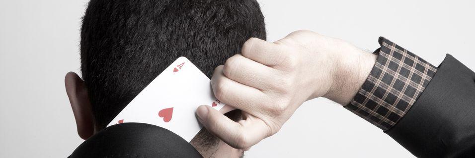 – Halvparten av spilljuksere jukser i virkeligheten