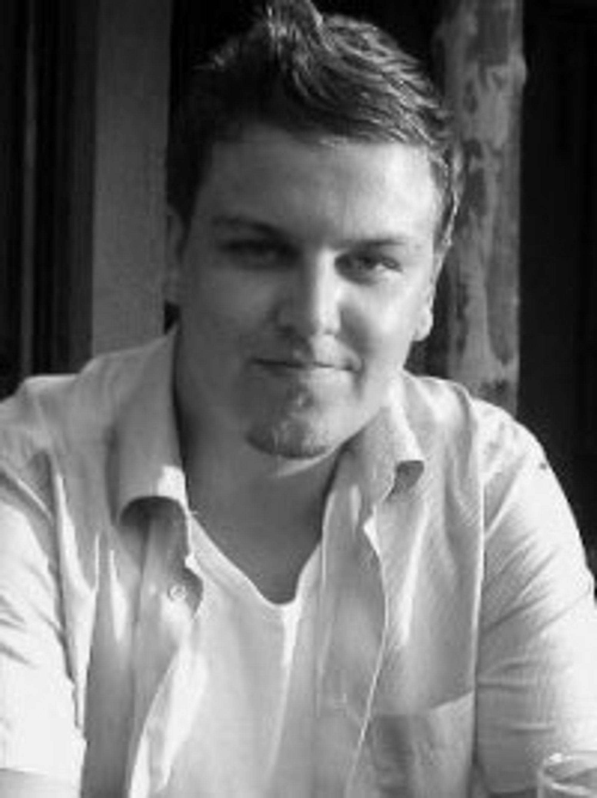 Mikael Harstad Groven.