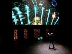 Mulittalentet liker store scener og lysshow. Her presenterer han Child of Eden på årets E3.