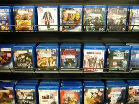 Nei, disse kan ikke spilles av på Xbox 360 i uoverskuelig fremtid.