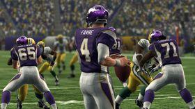 Brett Favre gjør det sterkt i Vikings. Det er sikkert Packers-fansen veldig glade for. (Fra Madden 10)
