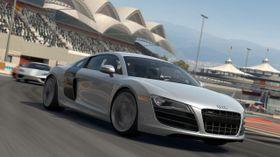 Audi ristet for alvor av seg gubbestempelet med R8.