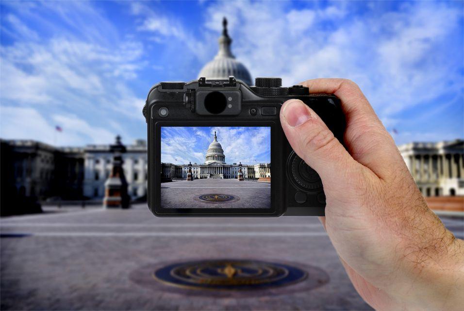 Overvåkes fotografer?
