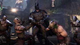 Batman bryter handbak med to karer samtidig - bare fordi han kan!