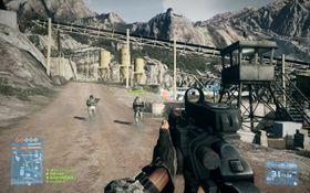Damavand Peak er et flott gruveområde for en real krangel mellom voksne menn og våpen.