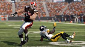 En «running back» slipper løs fra en forsvarer og druser mot målsonen.