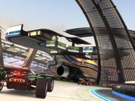 Heftige baner i TrackMania Nations Forever.