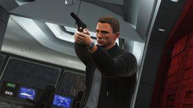 Skytingen vi fikk se var ikke kjempebra, men Bond ser da i det minste kul ut.