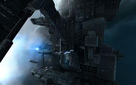 Det er vanskelig å ikke drømme seg bort i Eve Onlines fantastiske omgivelser.