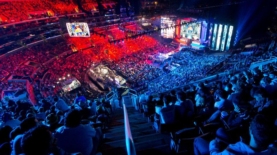 Et tettpakket Staples Center like før finalekampene.