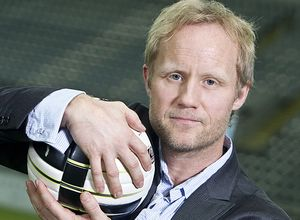 Øyvind Alsaker er ønsket blant norske FIFA-fans. (Foto: Cornelius Poppe/TV 2).