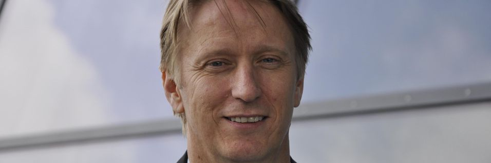 Administrerende direktør for Canal digital kabel-tv og leder for Telenor-divisjonen Home, Gisle Pedersen åpner for å vurdere å levere et rent bredbåndstilbud også i Canal digital-regi.