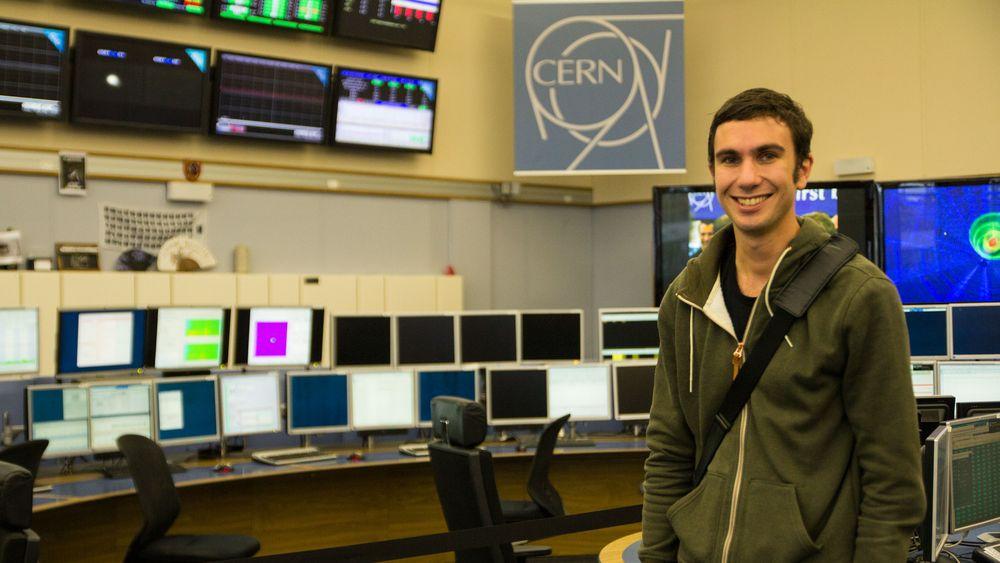 Terje Ness Andersen studerer for å bli dataingeniør ved Høyskolen i Sør-Trønderlag. Som en del av utdanningen sin tar han et praksisår hos infrastrukturtjenester-seksjonen ved CERN, og skal skrive bacheloroppgaven sin her.