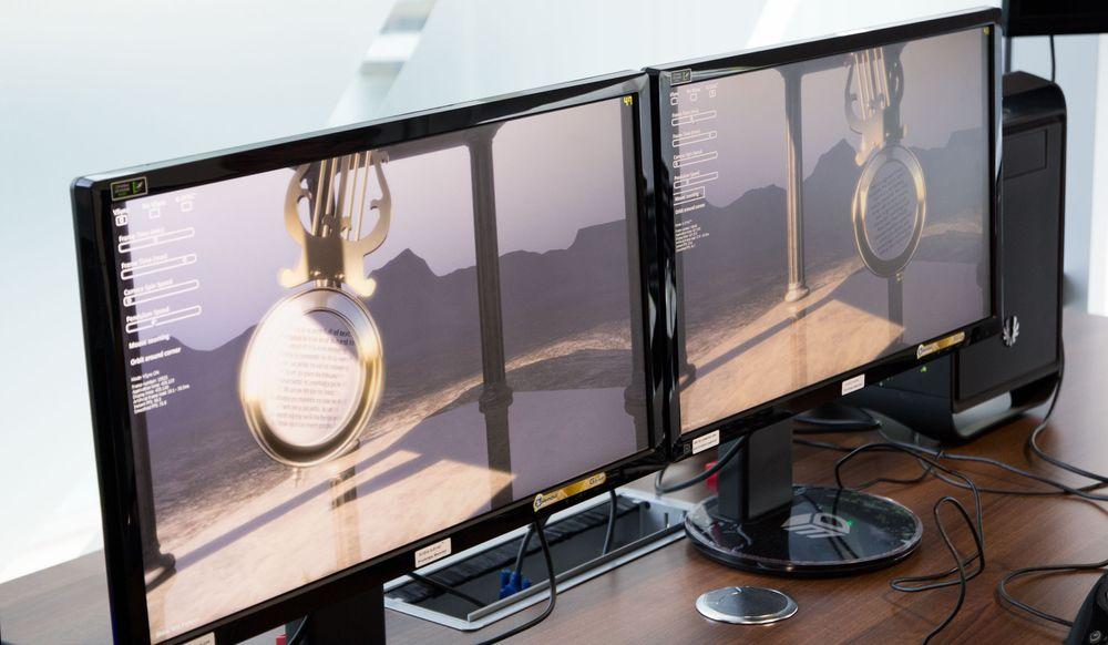 De to skjermene står på samme oppsett, med tilsvarende innstillinger, men skjermen til venstre har ikke G-Sync aktivert. Pendelet svinger frem og tilbake, og på skjermen uten G-Sync blir den uklar.