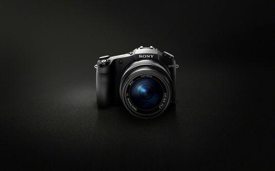 Sony Cyber-shot DSC-RX10.