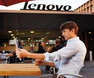 Ashton Kutcher er hyret inn for å skape blest om det nye Lenovo-brettet Yoga.