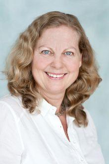 Administrerende direktør i Telenor Norge og Skandinavia, Berit Svendsen, ser nye muligheter når esim tas i bruk.
