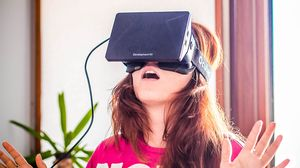 Oculus Rift kan også prøves på gulvet.