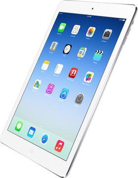 iPad Air med omslaget intakt.