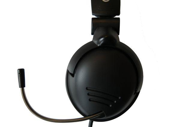 Den uttrekkbare mikrofonen kan vendes i alle retninger.