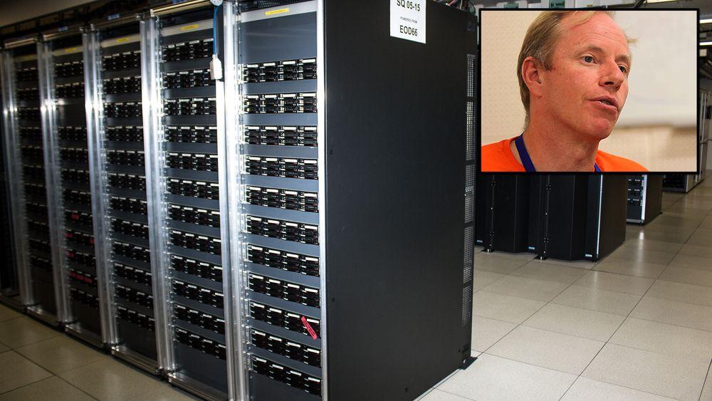 Nils Høimyr forteller hvordan norske politikere lot et fullspekket datasenter glippe mellom fingrene sine (alle foto i saken: Varg Aamo, Hardware.no)
