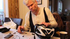 Leif Kagge bruker sykkel hele året, og synes håndfrisettet fra Uclear fungerer som det skal.