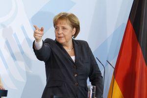 Tysklands forbundskansler Angela Merkel skal få avlyttingssikker telefon etter Snowden-avsløringene.