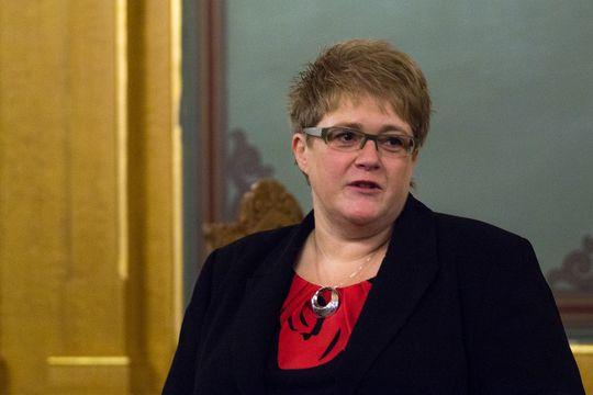 Trine Skei Grande, Venstre.