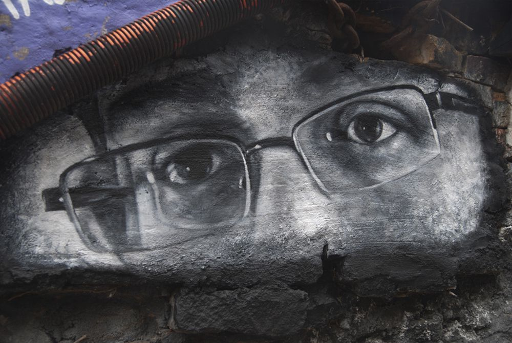 Edward snowden watching graffiti