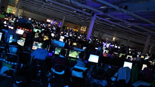 Blant de rundt 25 000 spillinteresserte innom DreamHack Winter 2013 er det mange som vet hvem Rekkles er.