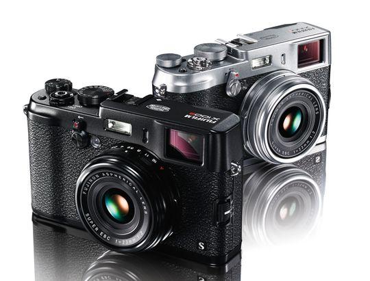 Den originale og den nye X100S.