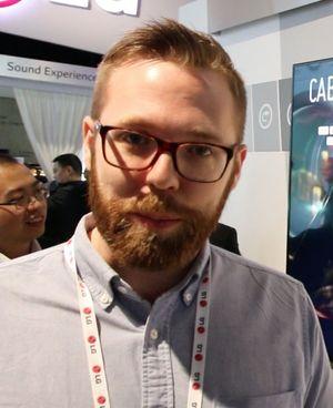 Erik Åhsgren, produktspesialist på TV og AV i LG.