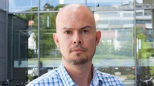 Underdirektør John-Eivind Velure i Post- og teletilsynet mener det er uråd å gjennomføre en god auksjon når markedet er så uoversiktlig som nå.