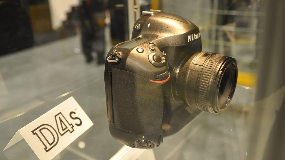 Nikon har et nytt D4 i ermet