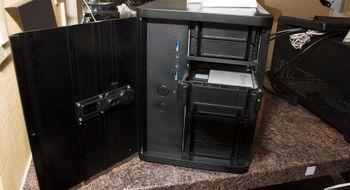 Nytt mini-kabinett har plass til 12 harddisker