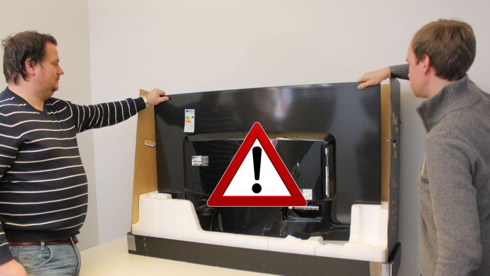 UNBOXING: Slik må du  ikke  pakke opp en OLED-TV