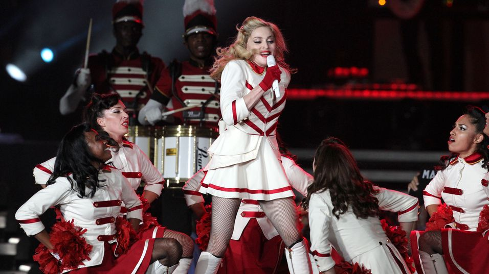 Mange konsertgjengere uttrykte sin misnøye på sosiale medier etter at mobilnettet på Telenor Arena knelte under Madonna-konserten.