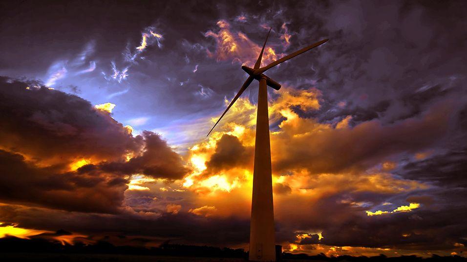 Tester mobilantenne med egen vindmølle