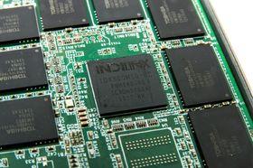 Barefoot 3 M10-kontrolleren med Indilinx-logo på omtales i pressemateriellet bare som OCZ Barefoot 3 Indilinx.