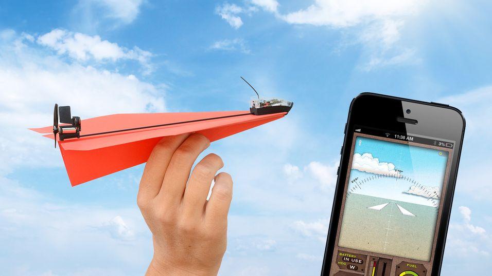 DAGENS DINGS: Nå kan du styre papirfly fra mobiltelefonen din